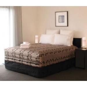 Lima Bedspread - Queen