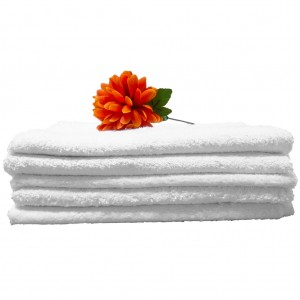 Millennium White Bath Towel 490gm 70x140