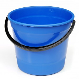 Basic Plastic Round Bucket